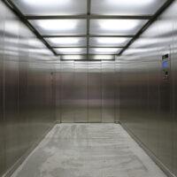 Ανελκυστήρας ασθενοφόρων